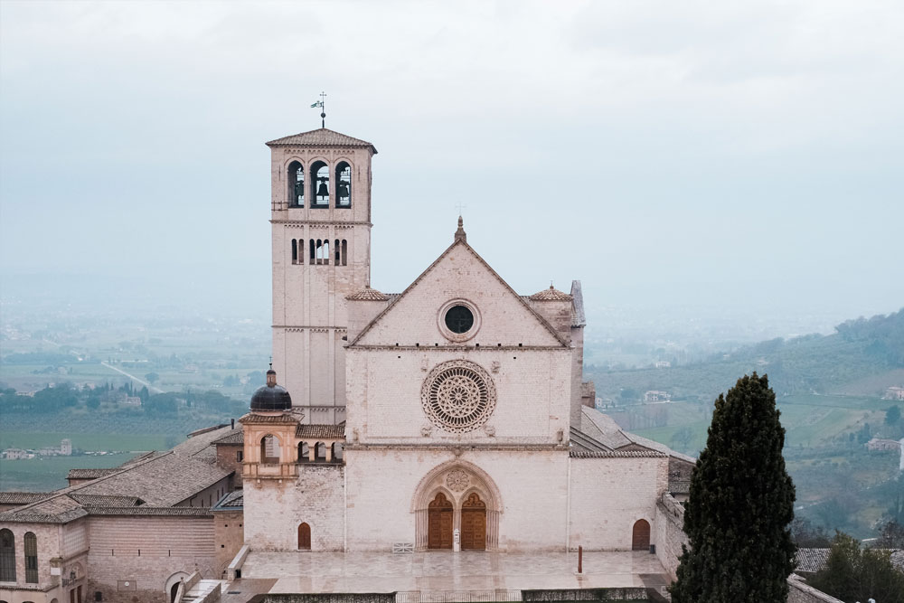Basilica di San Francesco ad Assisi - SpiritualTour / Photo by Josh Applegate